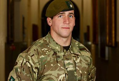 Lewis Murphy - The brave soldier who risked his life trying to save his comrade